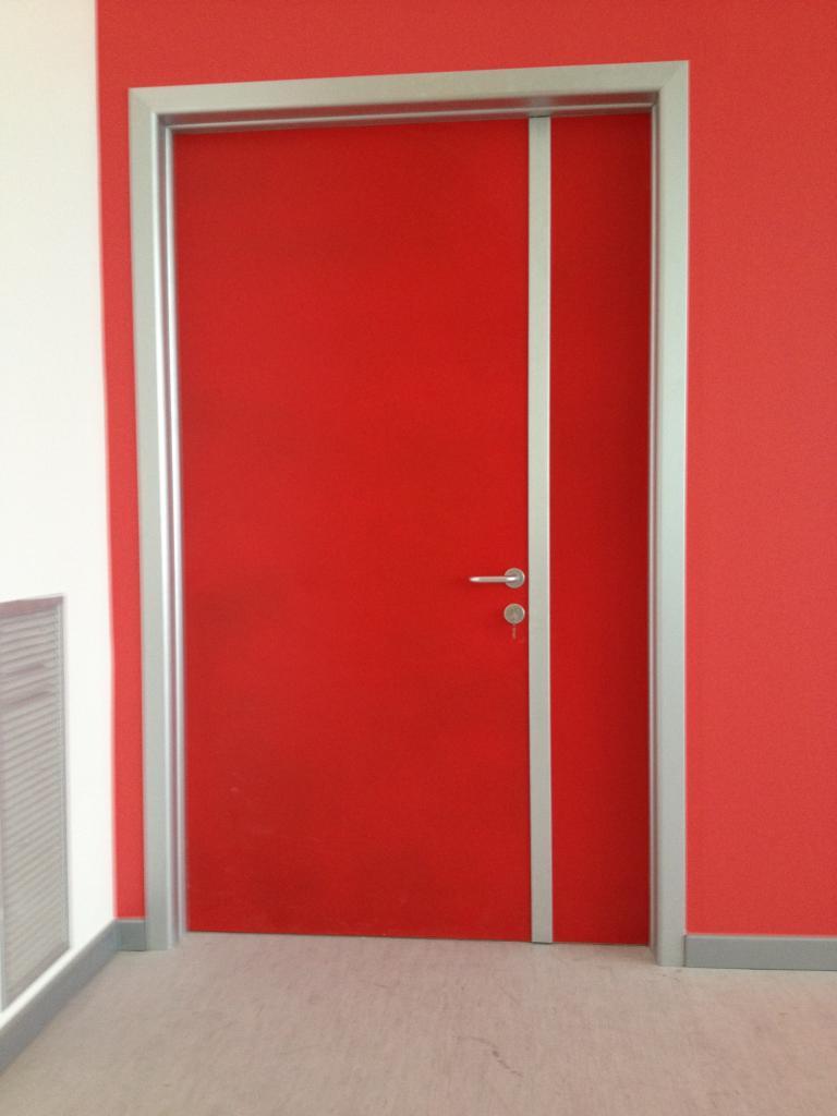 Porte per centri sportivi ottaviani rappresentanze for Porte natalizie scuola